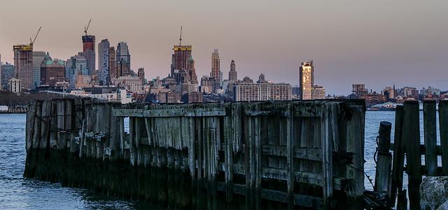 la nuit tombe sur Manhattan