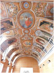 journées du patrimoine à Dinan (22):Au Collège Roger Vercel Fresque du réfectoire de l'ancien couvent des Bénédictines