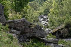 Der junge Fluss Arc zwischen La Tralenta (ca. 1830 müM.) und L'Écot (ca. 2000 müM.)