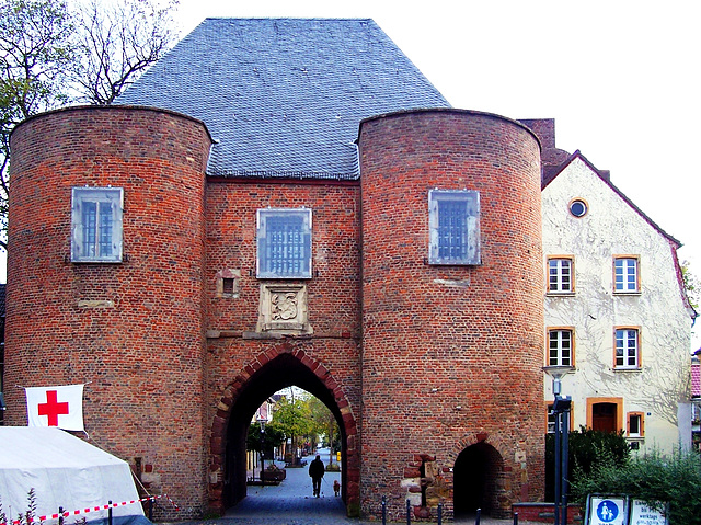 DE - Bergheim - Aachener Tor