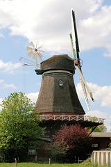 Windmühle in Lintig/ Niedersachsen (2xPiP)