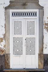 Tavira, porta de reixa
