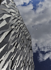 Titanic Belfast, façade reflection 2