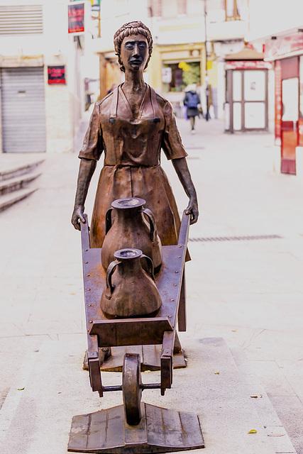escultura de la carretillera