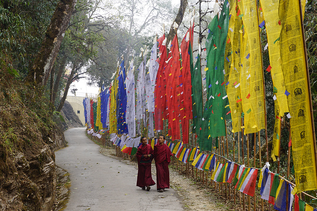 Buddhists in Samdruptse