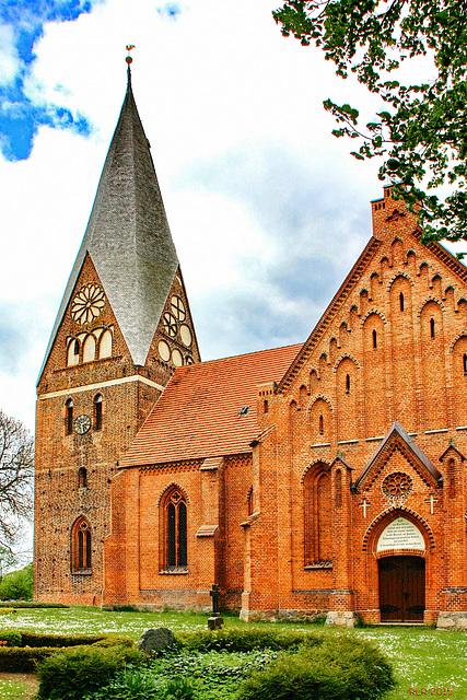 Diedrichshagen, Dorfkirche