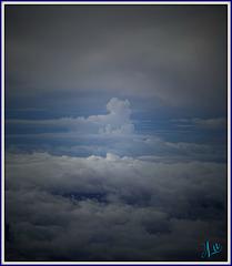 ** La tête dans les nuages **