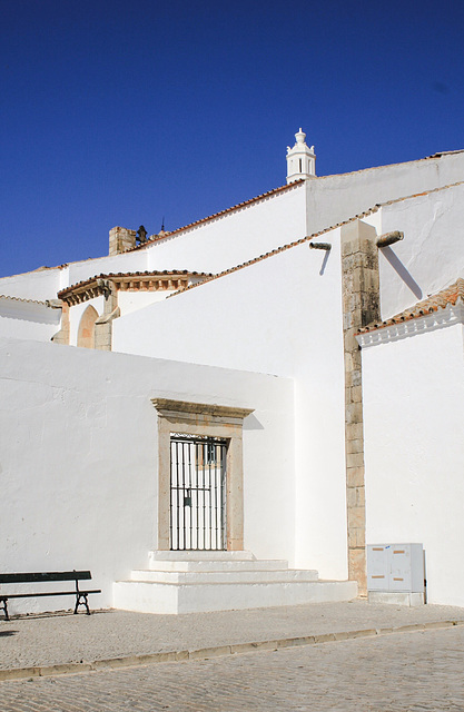 White on Blue 1: Faro