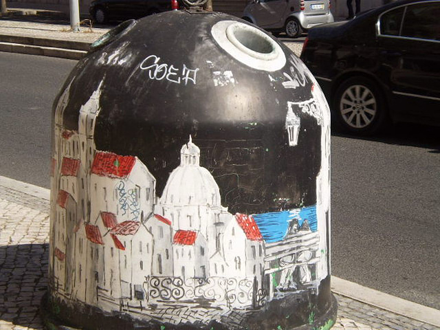Depicting Lisbon on glass container.