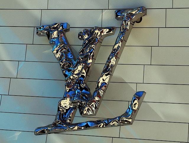 Louis Vuitton , l'affaire est dans le sac !
