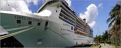 St.Lucia : Costa Atlantica ormeggiata al porto di Castries