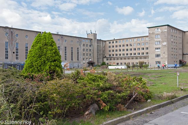Seebad Prora - Empfangsgebäude und Bettenhaus