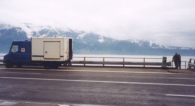 truck at lake geneva 1