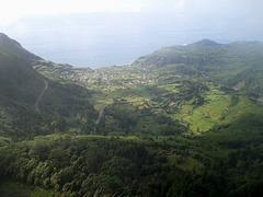 Towering view to Fajãzinha.