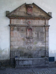 Fountain of Saint Gonzalo Convent (1545).