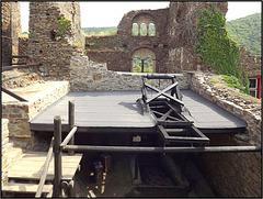 Burg Thurant 158