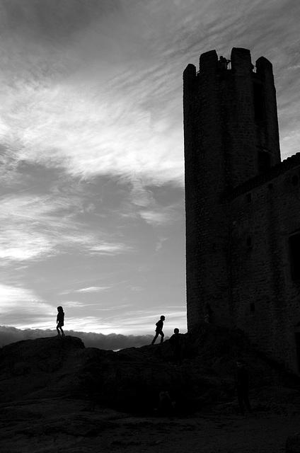 autour de la tour