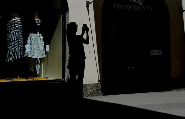 Fotografin im Schatten