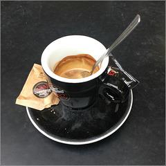 Buon giorno. Un caffè per favore......