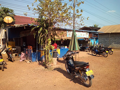 Le quotidien en mode laotien sans touristes