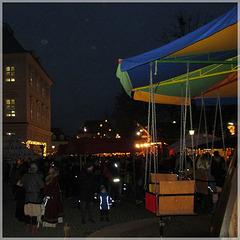 Mittelalterliche Weihnachtsmarkt an der Karlsburg