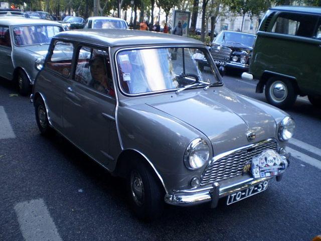 Austin 850 (1961).