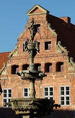 Luna-Brunnen am Markt in Lüneburg (PiP)