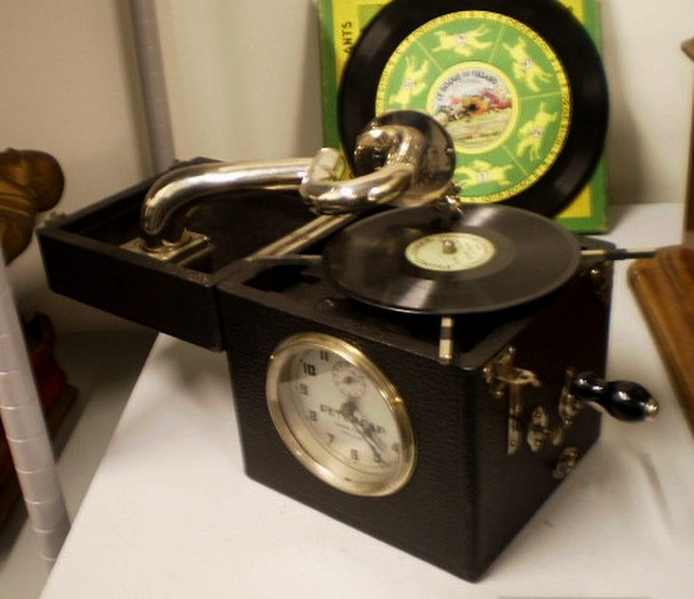 Alarm-clock Peter Pan (France, 1930).