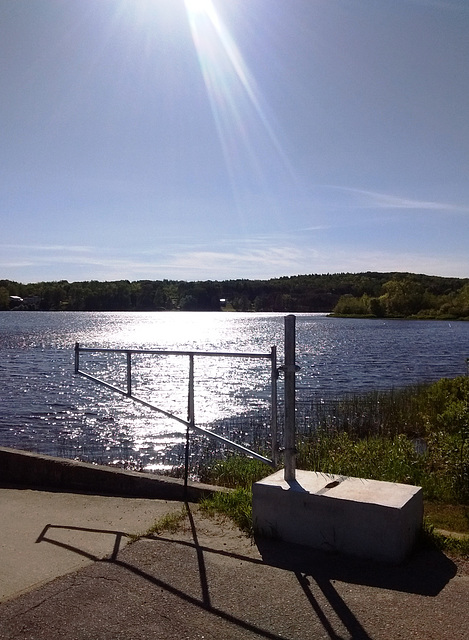 Éclat sur le lac / Brightness on the lake