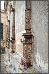 Vermauerte Säulen