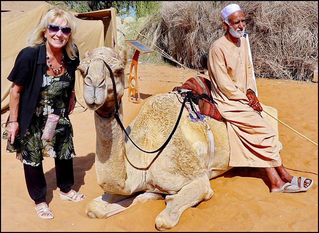 AbuDhabi : fino a pochi anni fa qui si viveva così : sabbia, dromedari e beduini