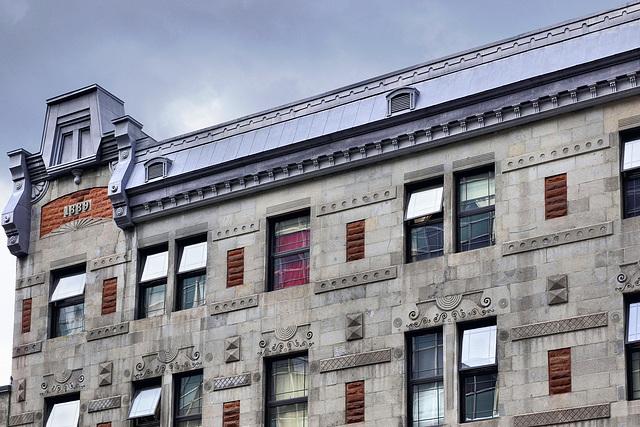 Anno 1889 – St-Antoine Street at St-Laurent, Montréal, Québec