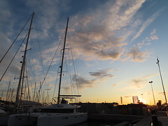 Atardecer en el puerto, 6