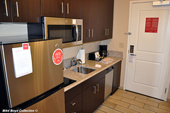 CA towne place suites bakersfield 09'18 04