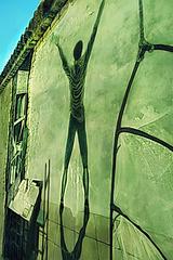 Gita a Saludecio: Murale: Sooo green! Sooo freee! :-)). Grazie ad ADELE per avermi suggerito il titolo