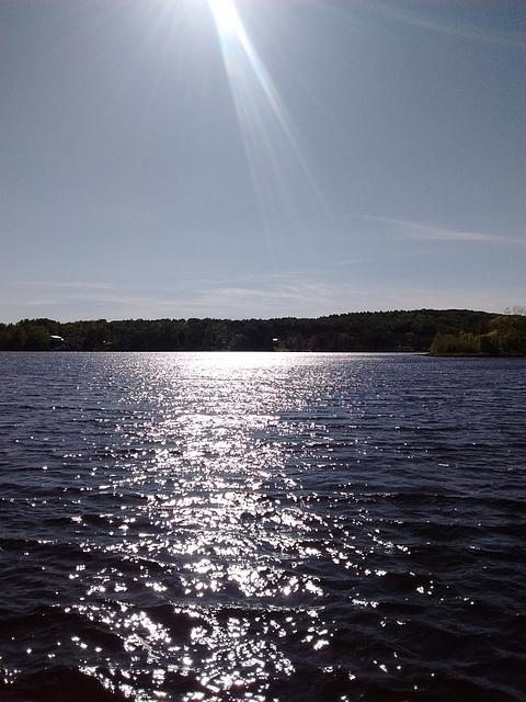 Lac éclatant / Brilliant lake