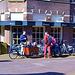 Vier kleine Blondinen in einem  Kinderwagen-Holland