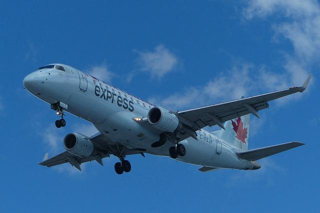 C-FEJP approaching Toronto - 24 June 2017