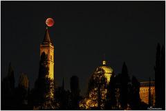 Eclissi totale di luna.