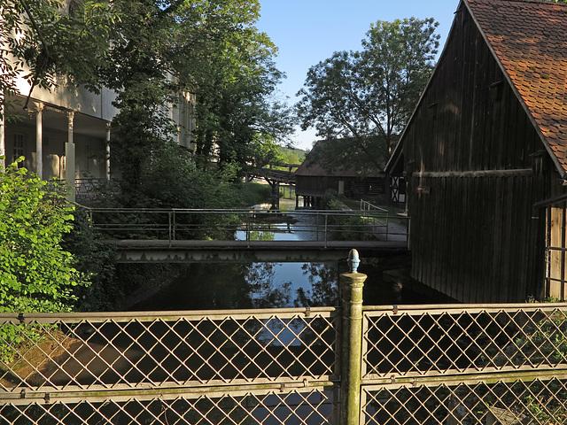 Brücke über die kleine Saale