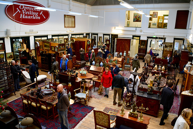 Viewing day of an auction house