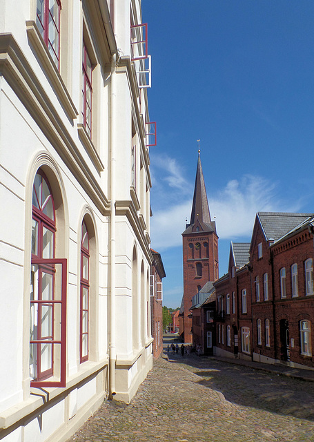 Die Nikolai-Kirche am Markt in Plön