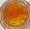 ein Bierglas als Fliegenfalle ...