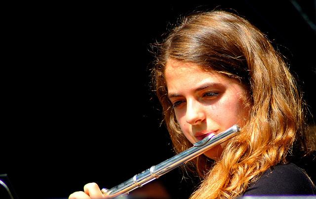 ... flute ...