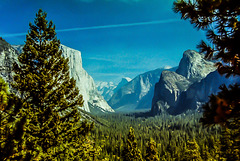 Tunnel View (090°)