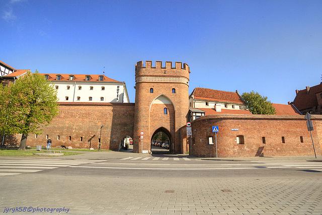 Brama Mostowa