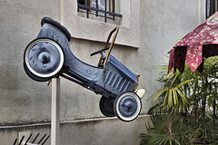 In Need of a Lift? – Fattouche Restaurant, Sderot Ben Gurion, German Colony, Haifa, Israel