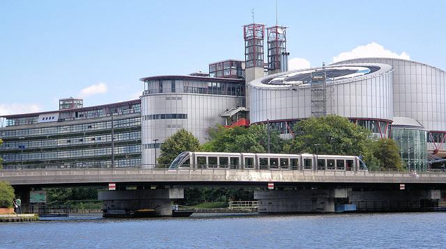Strasbourg (67) 8 août 2011. Cour Européenne des Droits de l'Homme.
