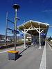 Ein rest von alten Bahnhofszeiten die Holzüberdachung am Bahnhof Chavornay