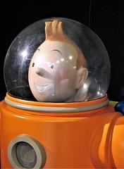 Tintin - Explorers on the Moon.